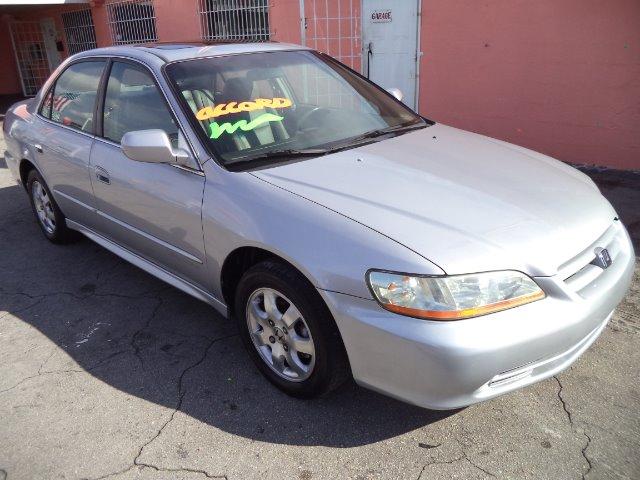 2002 Honda Accord 4dr Sdn SES Standard