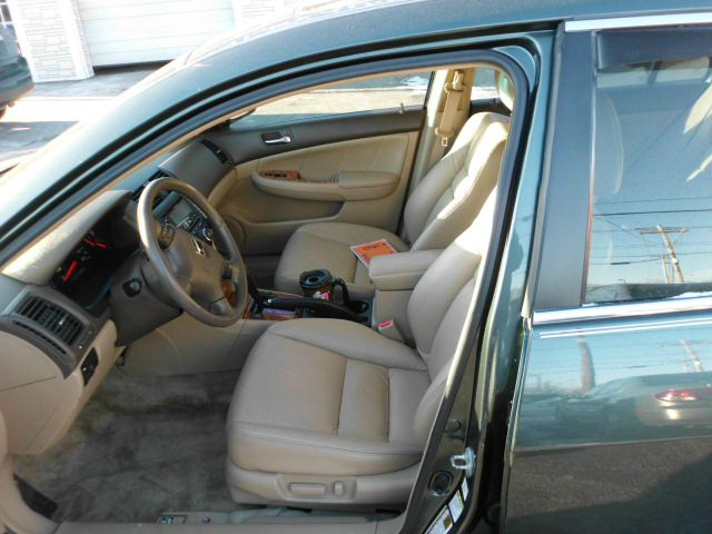 2005 Honda Accord SLT - QUAD CAB Cummins