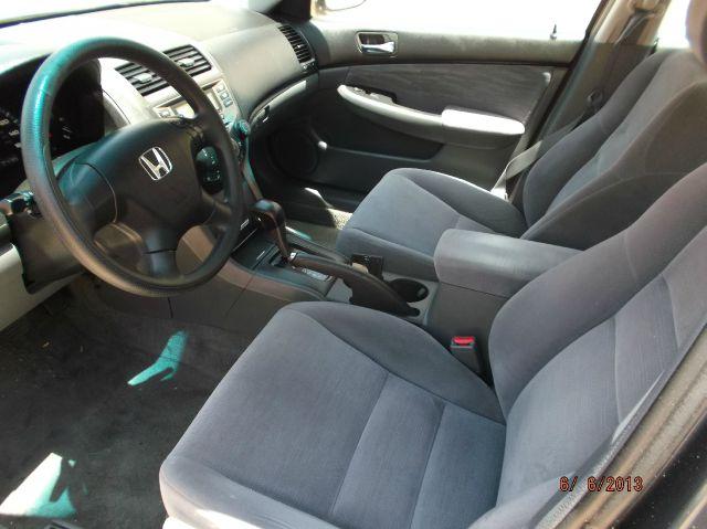 2007 Honda Accord 2dr Reg Cab 120.5 WB
