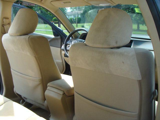 2010 Honda Accord 2dr Reg Cab 120.5 WB