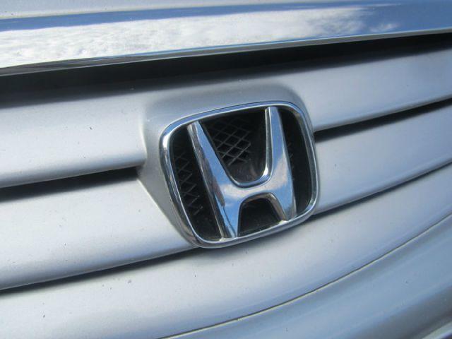 2002 Honda Civic ZQ8 LS