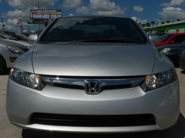 2007 Honda Civic 2dr Reg Cab 120.5 WB