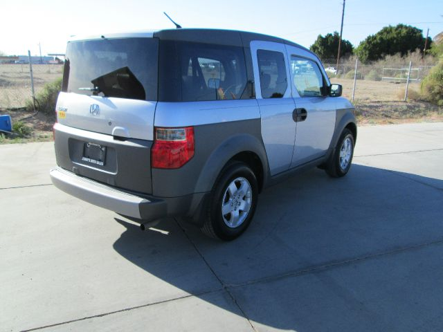 2004 Honda Element Challenger