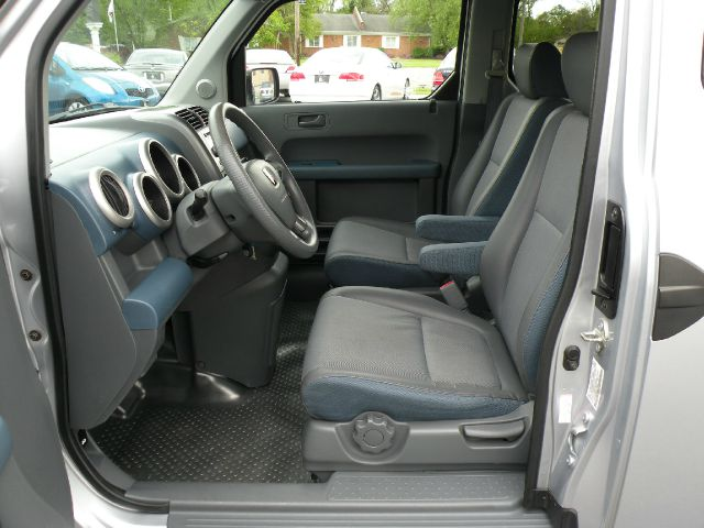 2004 Honda Element Crew Cab 126.0 WB LS