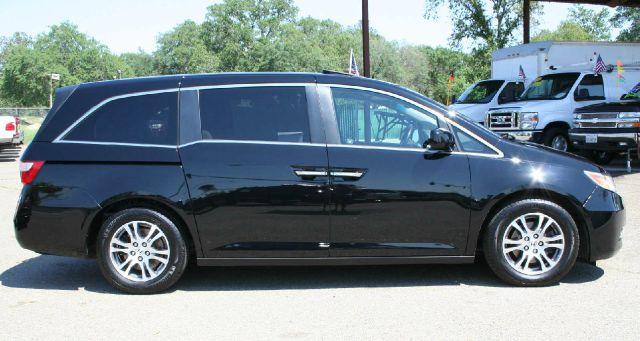 2011 Honda Odyssey LS 2WD