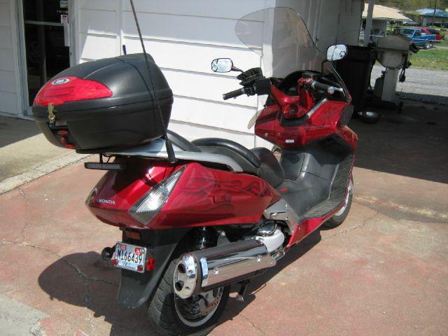 2003 Honda  FSC600 Silver Wing  1.8T Quattro Stunning CAR RED