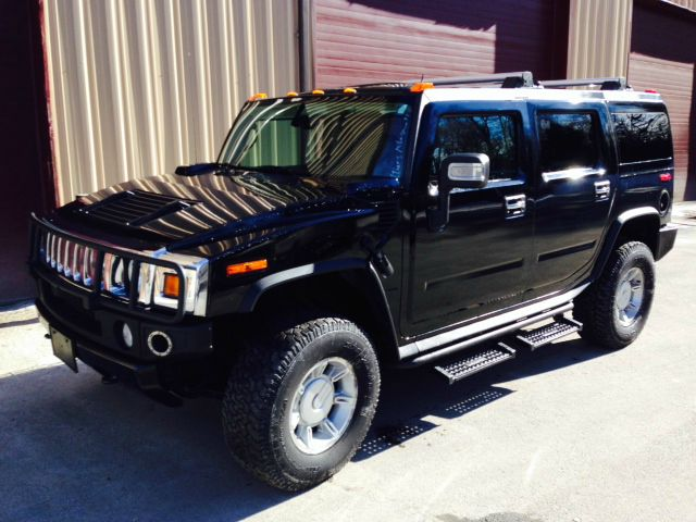 2004 Hummer H2 Scion XB