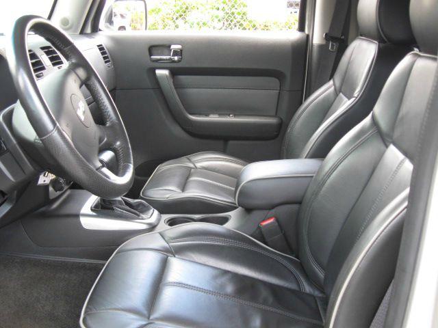 2006 Hummer H3 Scion XB