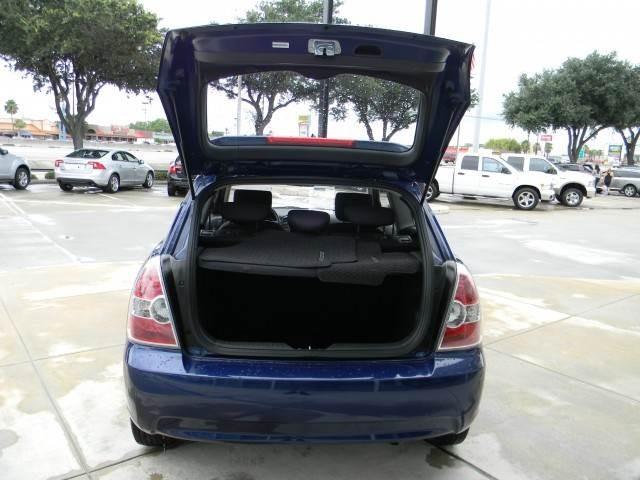 2010 Hyundai Accent 328xi AWD Wagon 4D