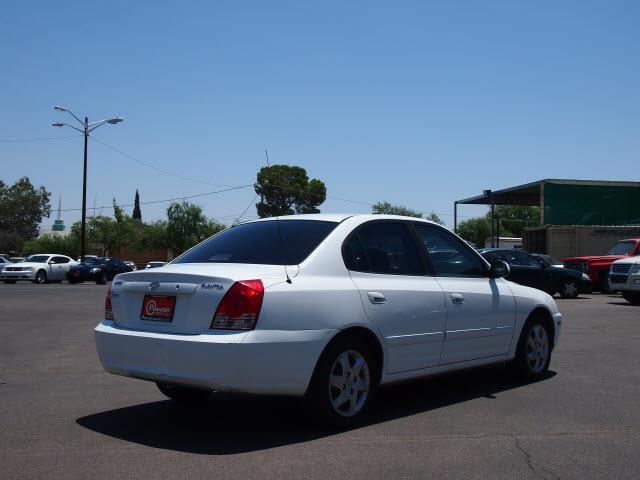 2004 Hyundai Elantra FWD 4dr Sport