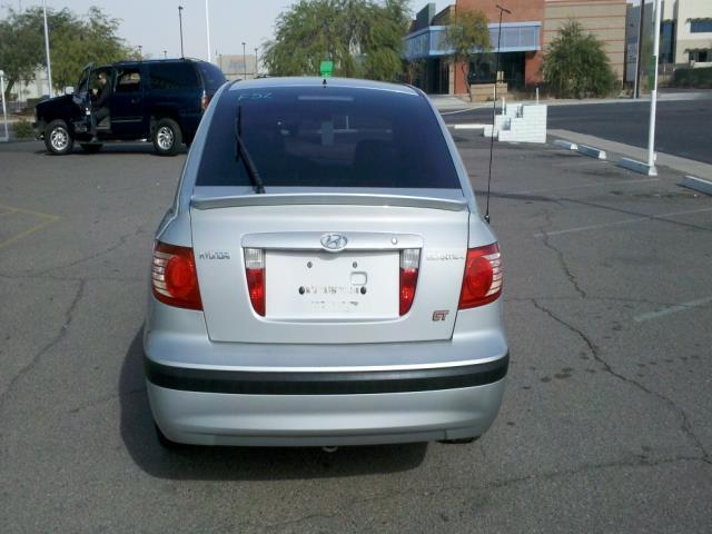 2005 Hyundai Elantra XUV SLE 4WD