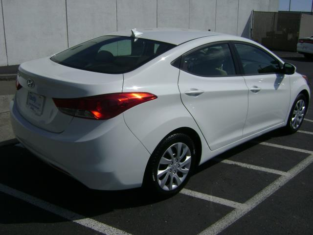 2011 hyundai elantra s coupe details pasco wa 99301. Black Bedroom Furniture Sets. Home Design Ideas