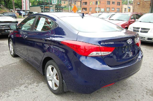 2012 Hyundai Elantra Supercab SRW 4X
