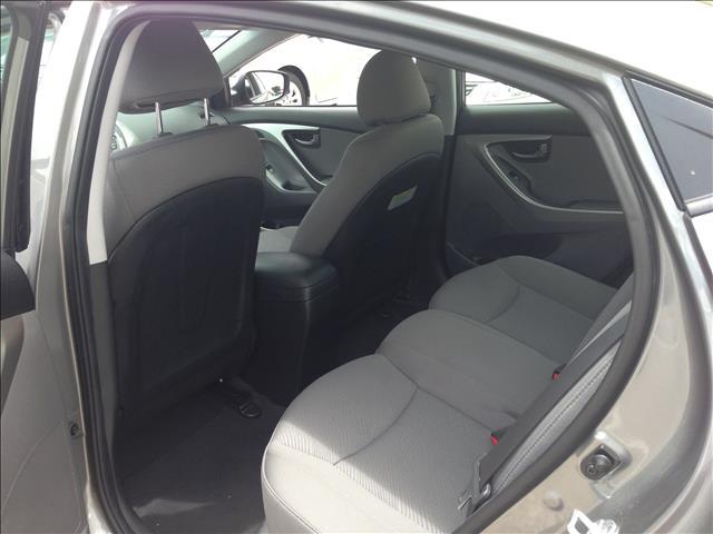 2013 Hyundai Elantra SLT 25