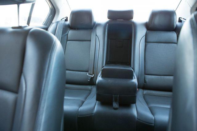 2010 Hyundai Genesis 4WD 35