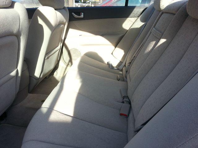 2007 Hyundai Sonata 750li Xdrive 1-ownerawdnavigation Sedan