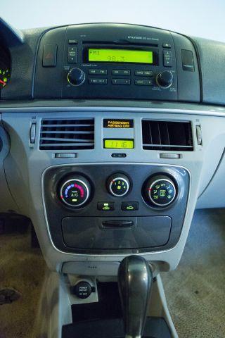 2007 Hyundai Sonata Ford F250 FX4 Lariat
