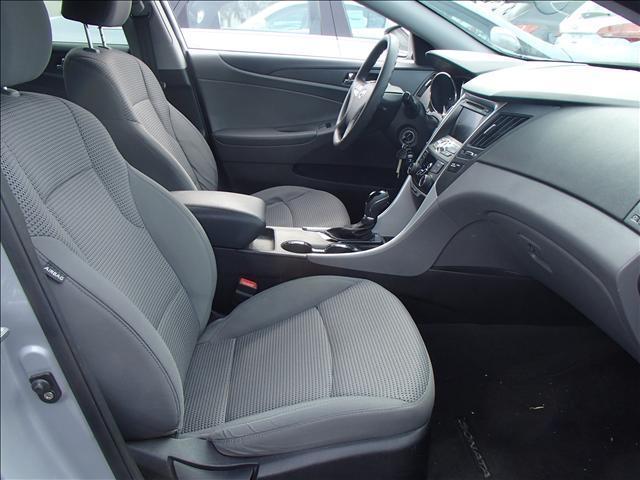 2011 Hyundai Sonata GLX 4motion Sedan 4D