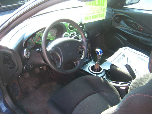 2001 Hyundai Tiburon GT Premium