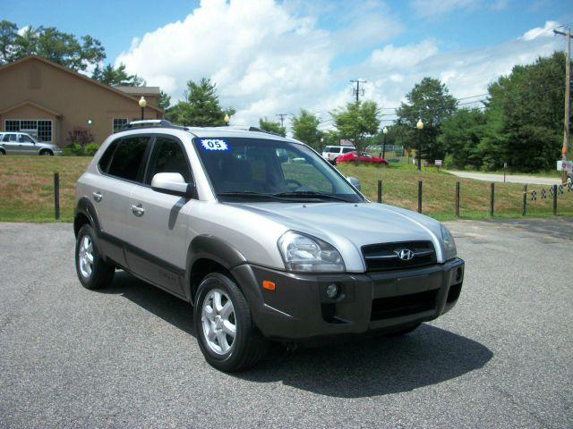 2005 Hyundai Tucson 2002 Saturn