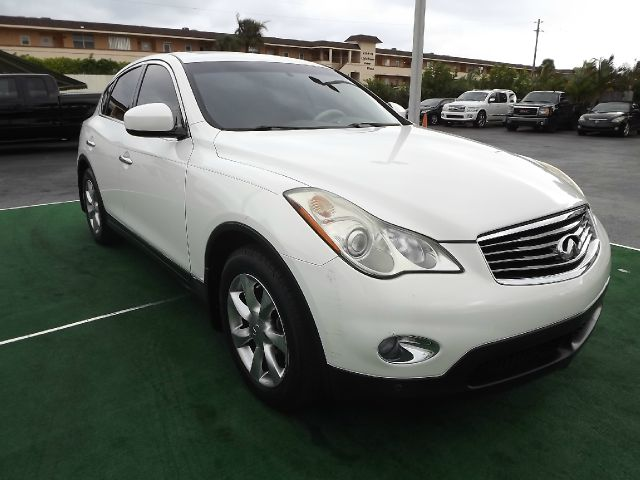 2008 Infiniti EX35 LT 4x4 Regular Cab Short Box
