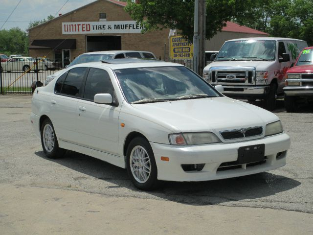 1999 Infiniti G20 LS Flex Fuel 4x4 This Is One Of Our Best Bargains