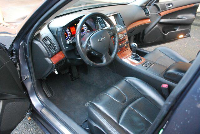 2008 Infiniti G35X EX - DUAL Power Doors