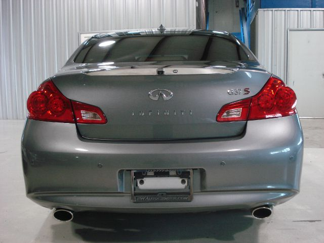 2011 Infiniti G37 Sedan Custom LIKE NO Others