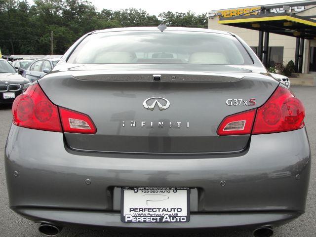 2010 Infiniti G37x XR