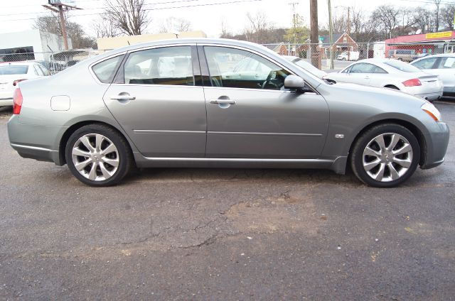 2006 Infiniti M35 Limited - Immaculate