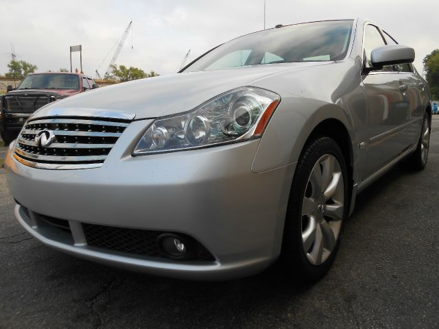 2006 Infiniti M35 Evolution AWD