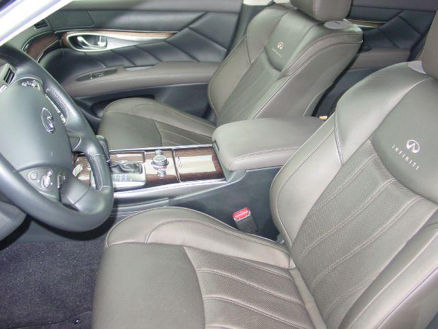 2011 Infiniti M37 REG CAB 4X4 LOW Miles