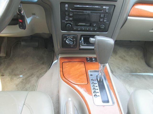 2002 Infiniti QX4 T6 Sport Utility 4D