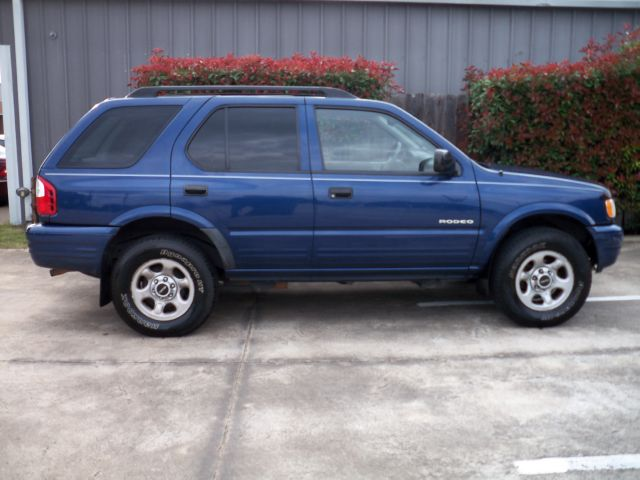 2003 Isuzu Rodeo 25
