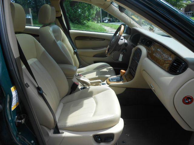 2005 JAGUAR X-Type Reg. Cab LOng Bed W/ Access Do