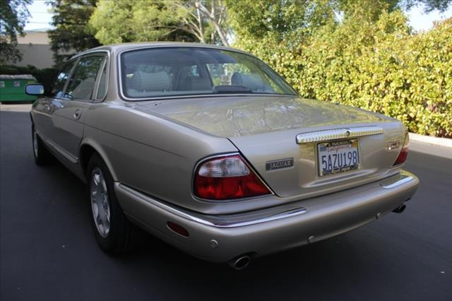 2003 JAGUAR XJ-Series 4dr 2.9L Twin Turbo AWD SUV
