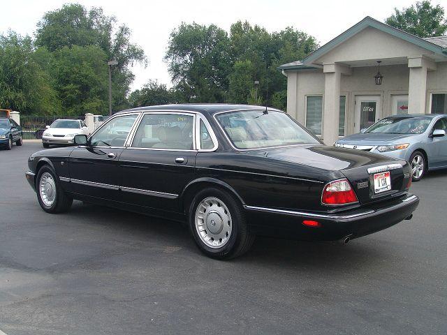 1999 JAGUAR XJ8 Coupe