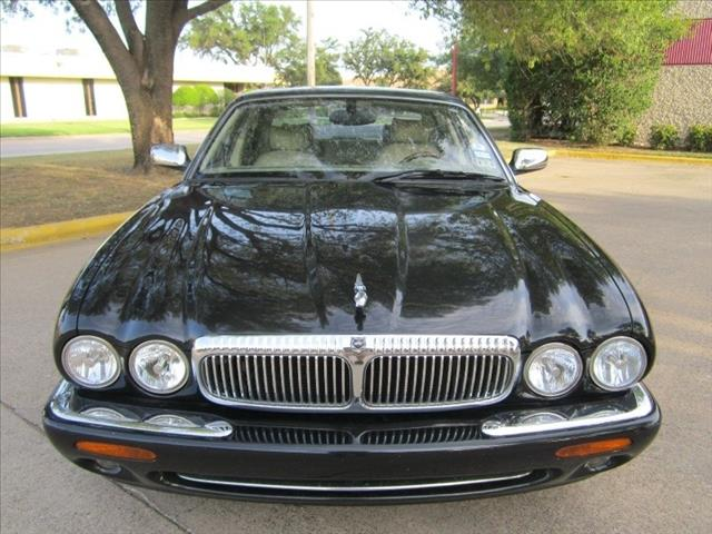 2000 JAGUAR XJ8 Sle-leather Very Clean A Must See