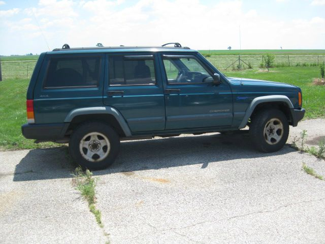1997 Jeep Cherokee Base GLS LX