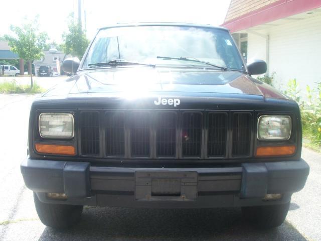 2000 Jeep Cherokee Base GLS LX