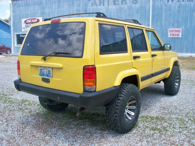 2001 Jeep Cherokee Base GLS LX