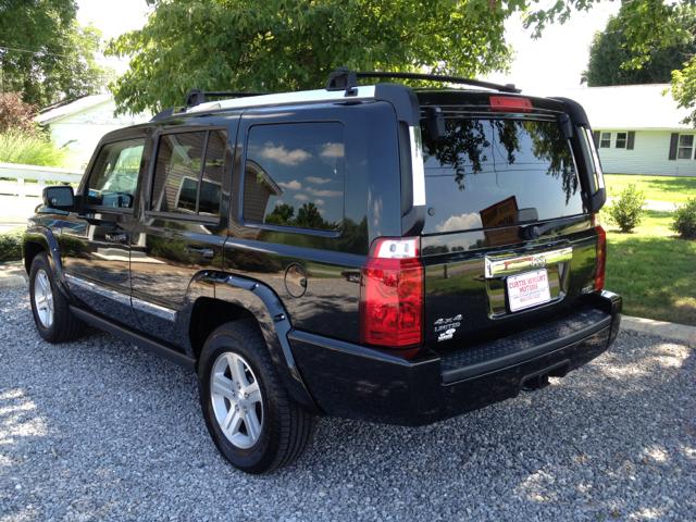 2009 Jeep Commander Super Details. Maryville, TN 37801