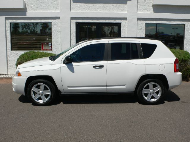 2007 Jeep Compass Extended Cab V8 LT W/1lt