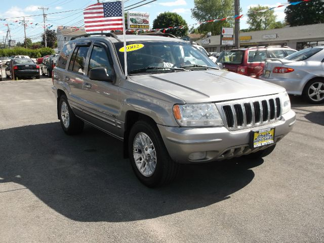 2002 Jeep Grand Cherokee Super