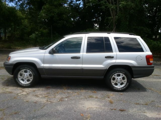 2002 Jeep Grand Cherokee Sedan 4dr