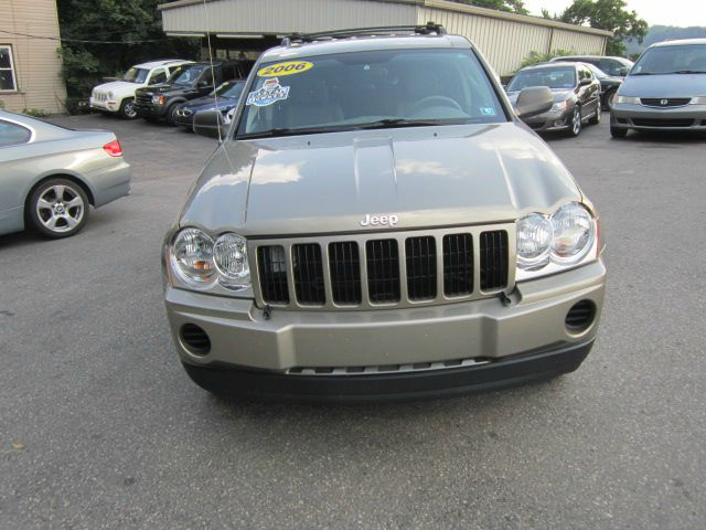 2006 jeep grand cherokee base w details. Black Bedroom Furniture Sets. Home Design Ideas