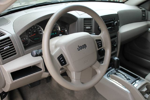 2006 Jeep Grand Cherokee Crew Cab Amarillo 4X4
