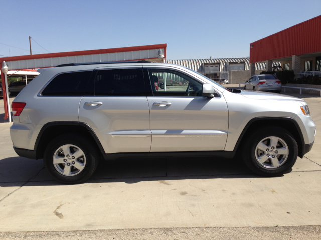 2012 Jeep Grand Cherokee Sedan 4dr