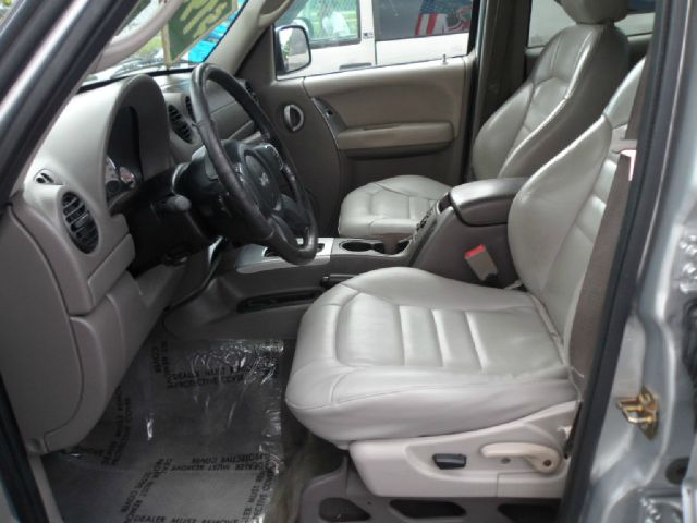 2004 Jeep Liberty I Limited
