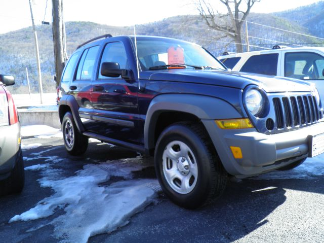 2005 Jeep Liberty Elk Conversion Van